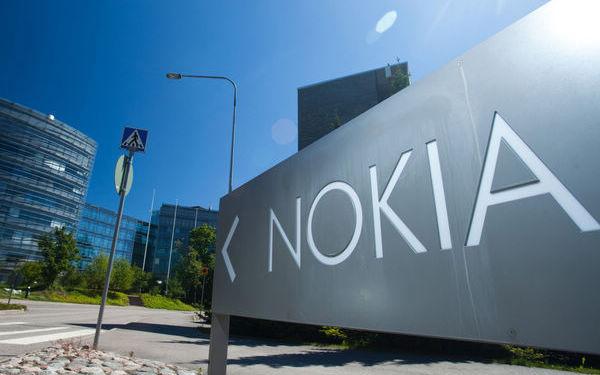 托福阅读素材:诺基亚计划2016重返手机市场