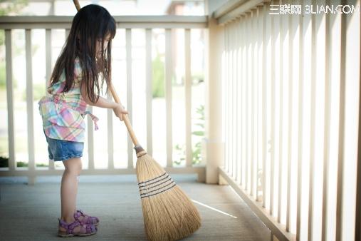 托福写作优秀范文:孩子是否应该帮忙家务